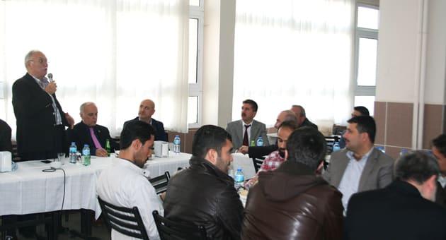 Hasan Dayhan, Eğitimcilere Konuşma Yaptı