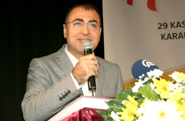 İzmir Valisi Mustafa Toprak