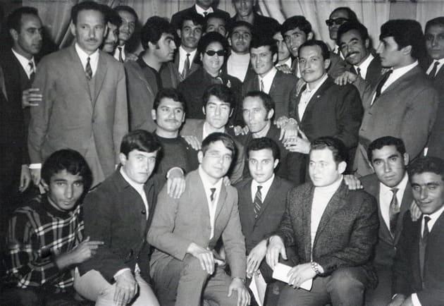 Mısır'da öğrencilik yıllarında bir konferansta. Kahire, 1974 (Sol alttan 3. sırada Seyfettin Dursun siyah ceketli)