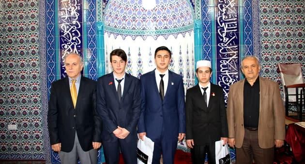 Sağdan; M. Necati Gürsöz, Ömer Faruk Demirağ, Raşit Kırıcı, Onur Kesen, Mustafa Yaman