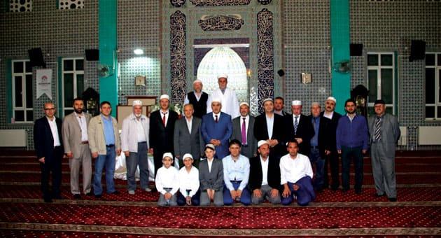 Salihli Kur'an Ziyafeti Katılımcılar ve Okucuları