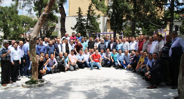 Mezunlarımız Çınar Gençlik Parkında Hatıra Fotoğrafı Çekildi